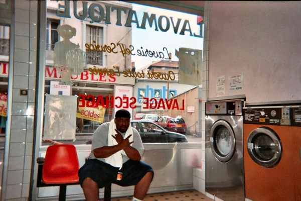 22_Also_Afrika_Bambaata_Has_to_Do_Laundry_on_Tour