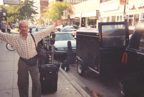04_Sergey_outside_hotel_Chicago