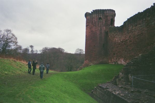 06_Europe._Visiting_a_scottisch_castle