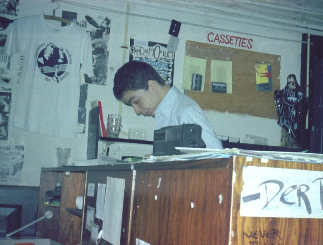 28_Danny_in_Limbabwe_Office